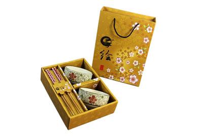 优质楠竹筷子+陶瓷餐具(两碗两筷)-红花