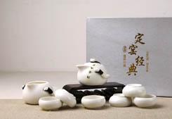 茶礼礼盒-定窑 企鹅壶