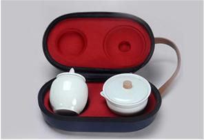 白玉瓷 · 一壶两杯+罐礼盒