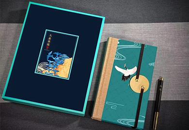 文创礼品-道德经丝绸笔记本+红木黄铜笔套装